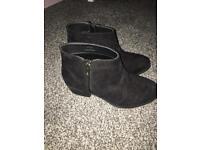 Women's Small heel suede black boots