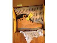 Dewalt work boots brand new