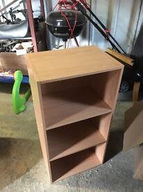 Small shelving unit in wood effect