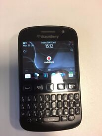 Blackberry 9720 touch screen & keyboard smartphone on Vodafone