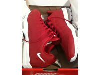 MENS NIKE AIR MAX 95 ULTRA ESSENTIAL RED SIZE 9 BRAND NEW IN BOX