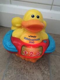 bath musical duck toy