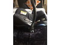 Maxi cosi cabriofix car seat & isofix base RRP £160