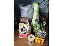 Rabbt food, organic hay, nuggets and treats.