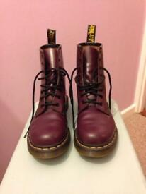 Purple Doc Martins size 6 (barely worn)