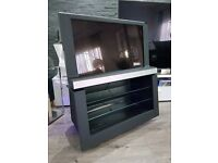 BANG & OLUFSEN BEOVISION 8 32 HD LCD TV B&O LUXURY 32 INCHES TELEVISION DELIVERY AVAILABLE