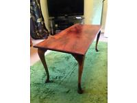 Solid Wood Coffee Table with Queen Anne legs