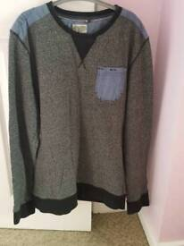 Men's jumper in excellent condition