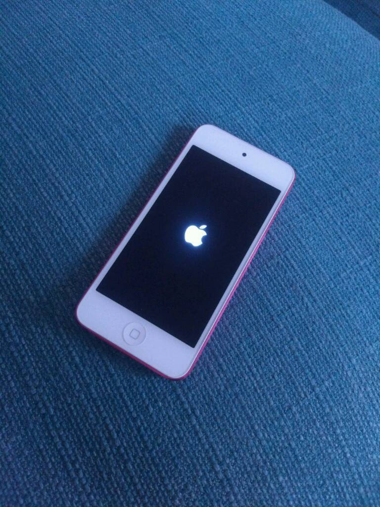 iPod Touch 5th Generation 32gb Pink