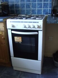 Bush AG56SW Single Gas Cooker , hardly used, excellent condition