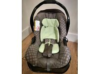 Graco car seat with ISofix Base