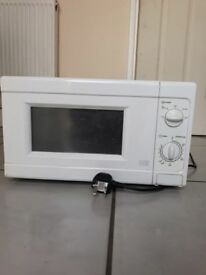 Microwave £10 SOLD