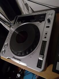 Pioneer CDJ 800 MK2 x2 (Pair) - Mint Condition