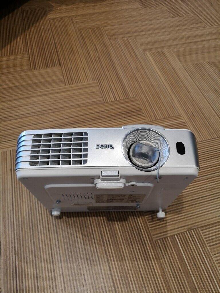 98694d34796 Benq W1070 3d ready DLP 1080p full hd projector | in Wimbledon ...