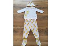 0-3 months baby unisex / girls / boys clothes - Next giraffe outfit EUC