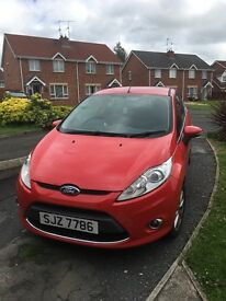 Excellent Ford Fiesta Zetec 2009 1.25lt - ideal for new drivers and commuting around cities/towns