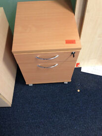 office pedestal on wheel 2 drawers with key