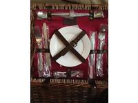 OPTIMA picnic basket 2 piece setting