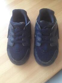 Nike (infants) trainers
