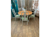 Gorgeous shabby chic round solid pine dining table and four chairs – safe doorstep delivery