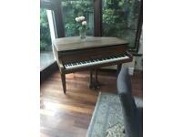 Rodgers Eungblut grand piano