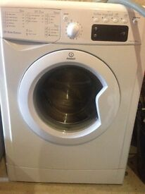Indesit washing machine excellent condition 4 years old