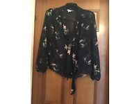 Eye catching new look Size 16 blouse