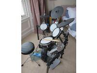 Roland TD9KX2 Drumkit - Full set