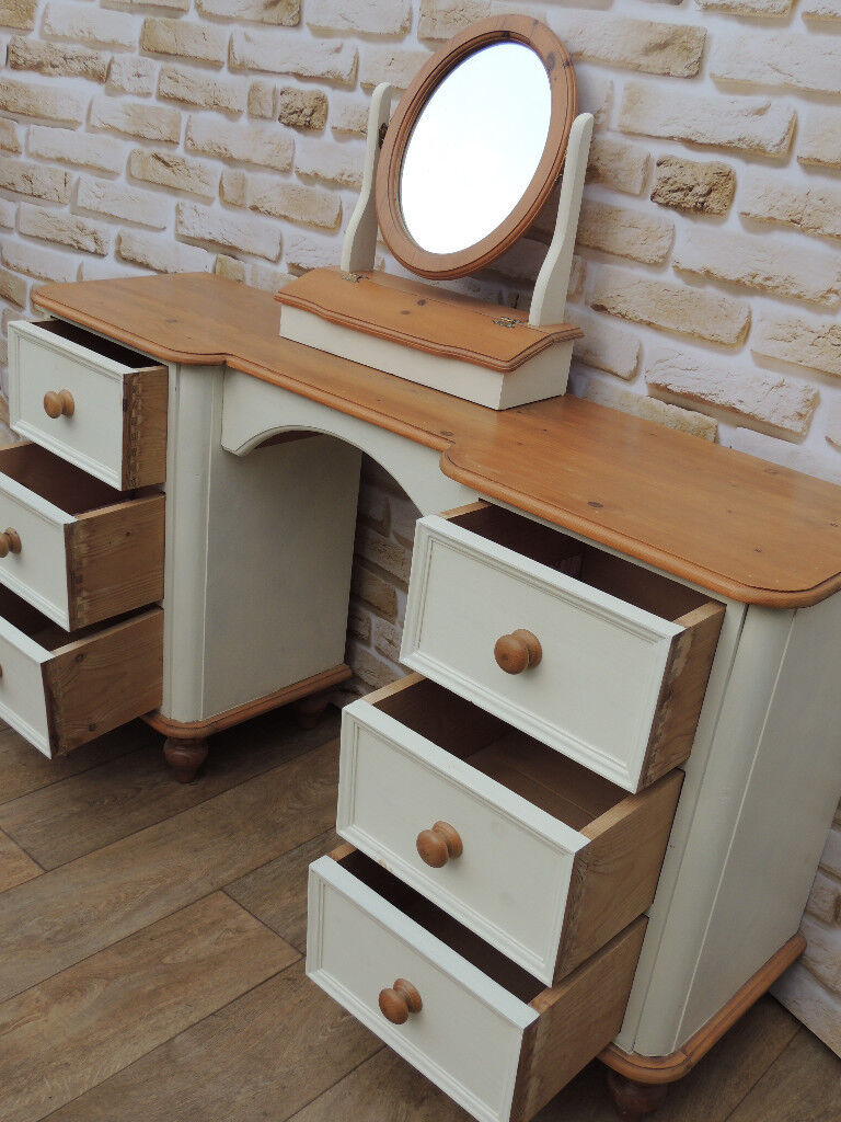 Shabby chic dresser with mirror (Delivery )