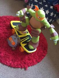 Large skateboarding mikey ninja turtle remote control
