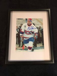 Montreal Canadiens Guy Lafleur signed and framed photo