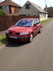 Renault Megane dynamique 1.9 dci 88000 miles full leather spares or repairs