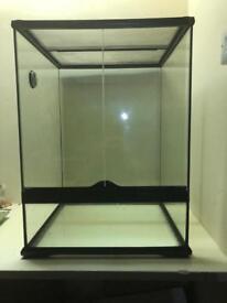 Exoterra medium/tall terrarium