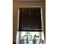 2 x brown Venetian Blinds - 92cm x 152cm - perfect condition, smoke & pet-free home