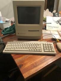 Apple Mac Classic Vintage Computer