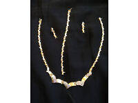 Jewellery Set completely made of 18ct GOLD (Necklace+Bracelet+Earrings)