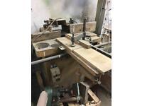 Moulder / tenon machine
