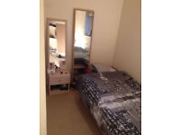 SINGLE ROOM TO SHARE IN A 2 BEDROOM HOUSE CLOSE TO CMK RAIL STATION.