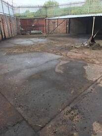 Spray paint unit with a yard to let