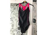 Swimming costume's