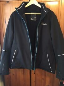 Black Women's Dare2b Ski Jacket. Excellent condition, only worn once. Size 20.