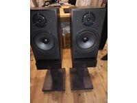 Linn Helix Black High End Speakers with Grills & Stands