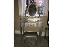 Toulouse silver Dressing table set and 3 Drawer chest