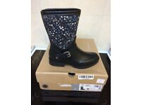 Genuine UGG boots. Brand new. . UK size 4