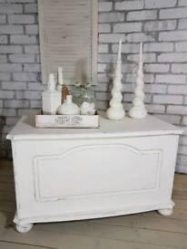 Beautiful bench blanket box, toy box, ottoman chest storage
