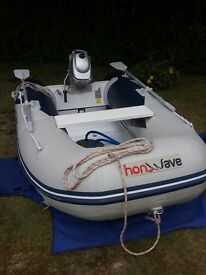 Inflatable dinghy and outboard with road trailer and lightboard