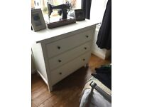 Large Chest of drawers. Excellent condition.
