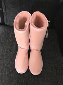 Ladies Baby Pink UGG boots size UK 5