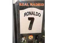 Ronaldo Autograph