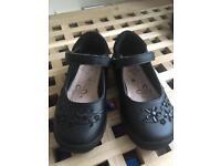 20358222a1ba Girls black school shoes (size 8)
